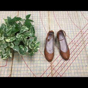 Marc Jacobs vintage look ankle strap heel size 38